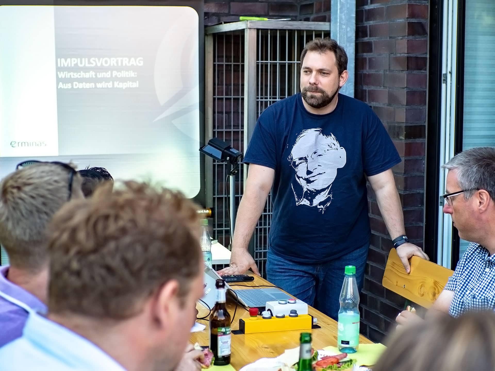 Boris Crismancich über Machine Learning beim erminas MeetUp