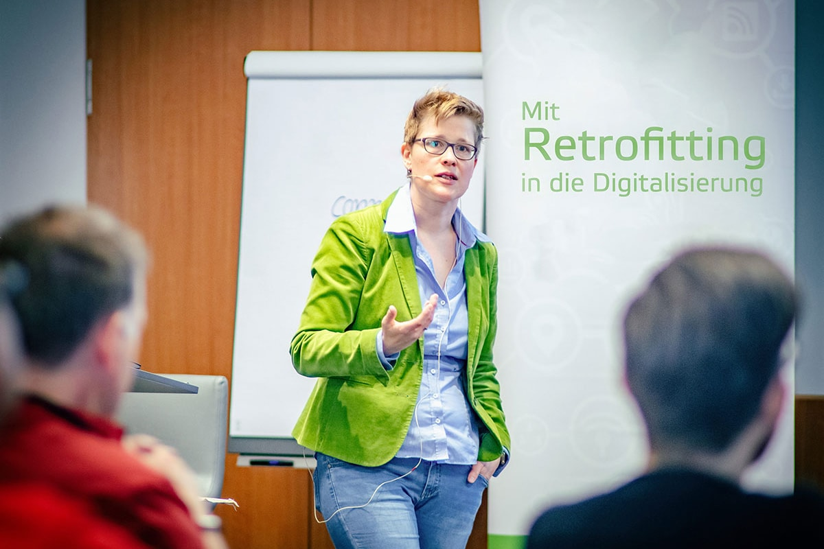 Digitalisierungsworkshops - Dr. Yvette Teiken beim Retrofitting-Workshop